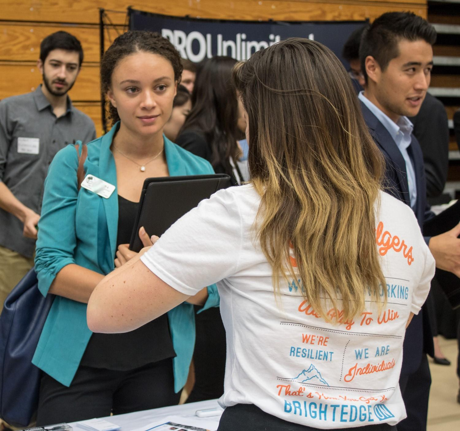 photo of UCSB student at career fair for internships